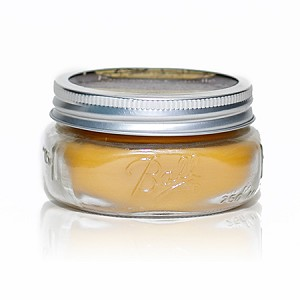 Made w/ Organic Beeswax Large Jar Candle